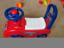 Spider Man Sit and Ride On Toy storage under seat, horn and push along safety